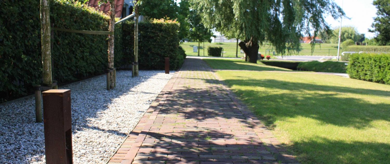 Bestrating & verlichting is een belangrijk onderdeel van de tuin